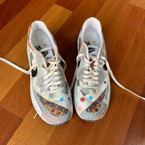 Nike x Lilly Pulitzer Limited Edition Sneakers
